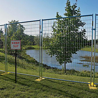 Outdoor Security Fencing - Welded Wire Fence - 6'Hx5' - 12 Panels